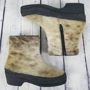 Shoes - Seal fur side zip winter boot
